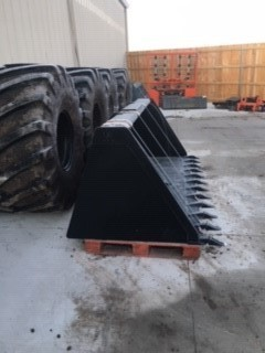 "Notch 108"" High Volume Tooth Bucket"